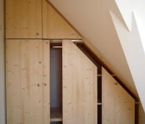 Einbauschrank in Dachschräge, Fichte