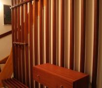 Garderobe und Treppengeländer Meranti